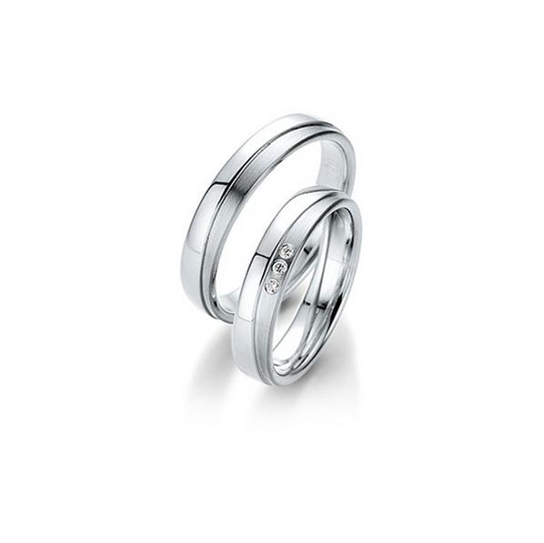 Fehérarany fényes és matt karikagyűrű 3D felülettel