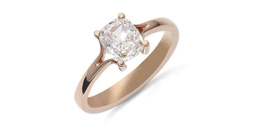 Rózsaarany szoliter gyémánt gyűrű párna (cushion) csiszolású kővel