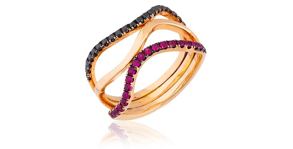 Rózsaarany gyűrű fekete gyémánttal és rubinnal