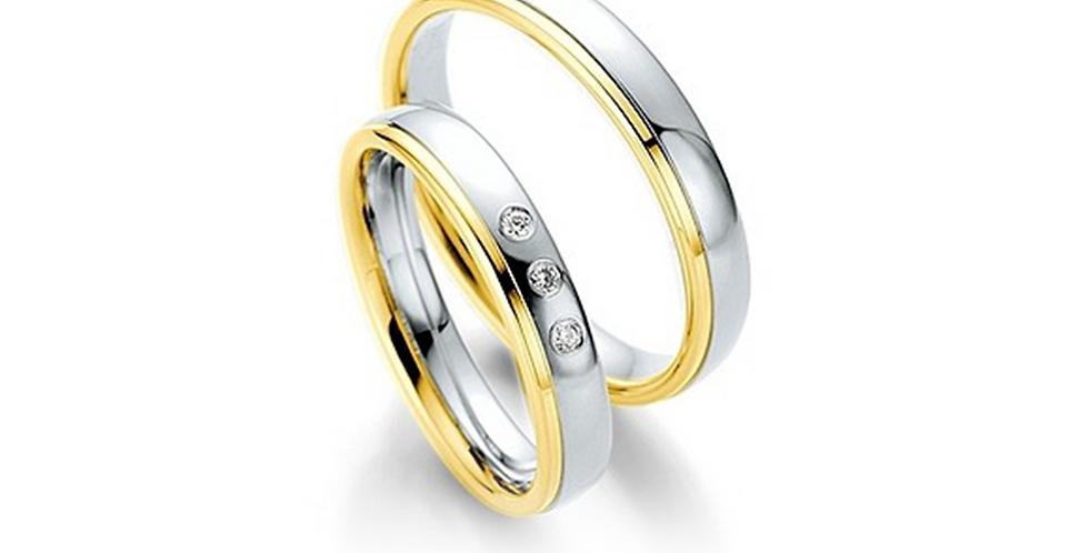 Fehérarany fényes karikagyűrű sárga arany csíkkal a szélén