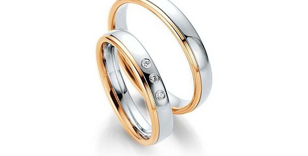 Fehérarany fényes karikagyűrű rozéarany csíkkal a szélén, 3db gyémánttal