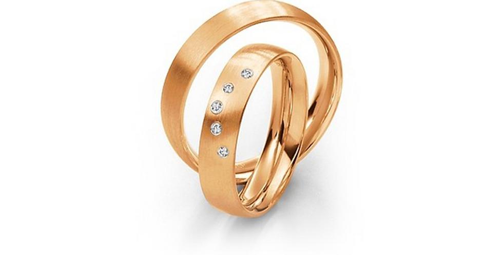 Selyemfényű rozéarany karikagyűrű 5 db gyémánttal