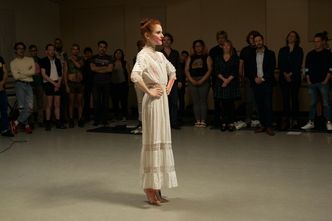 SMILE! performance by Valerie Reding at Friday Island with Gianfranco Celestino; picture ©Eli Thorne