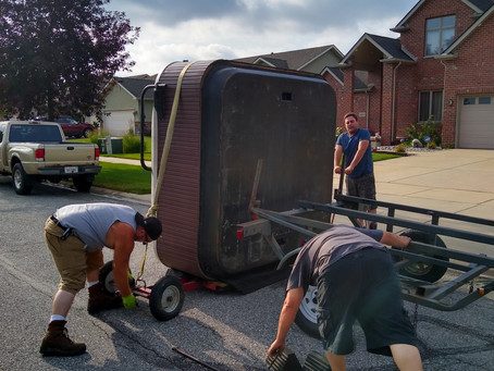 Local Hot Tub Spa Movers in Illinois