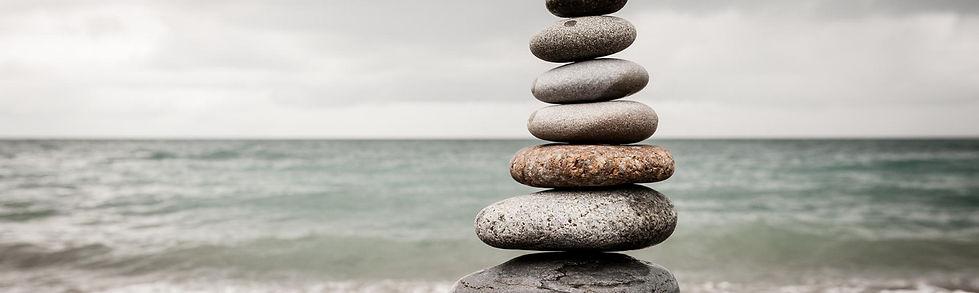 pierres de meditation sur mer
