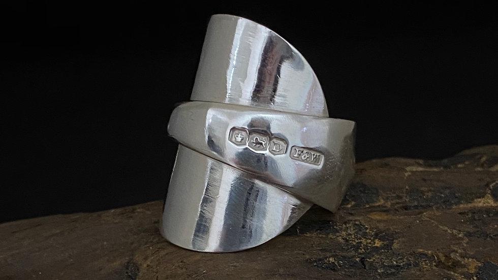 Solid Silver Full Teaspoon Ring, Sheffield 1946, Size T
