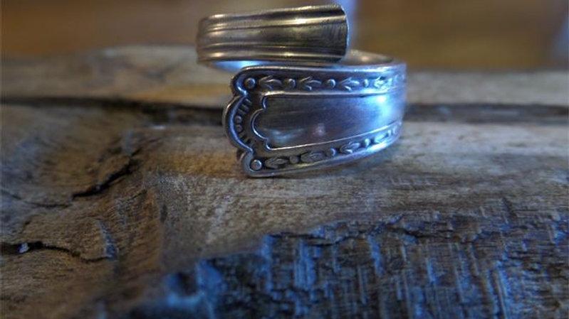 Vintage Teaspoon Ring Number 9