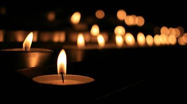 Midnight Hour - Psalms with Candles