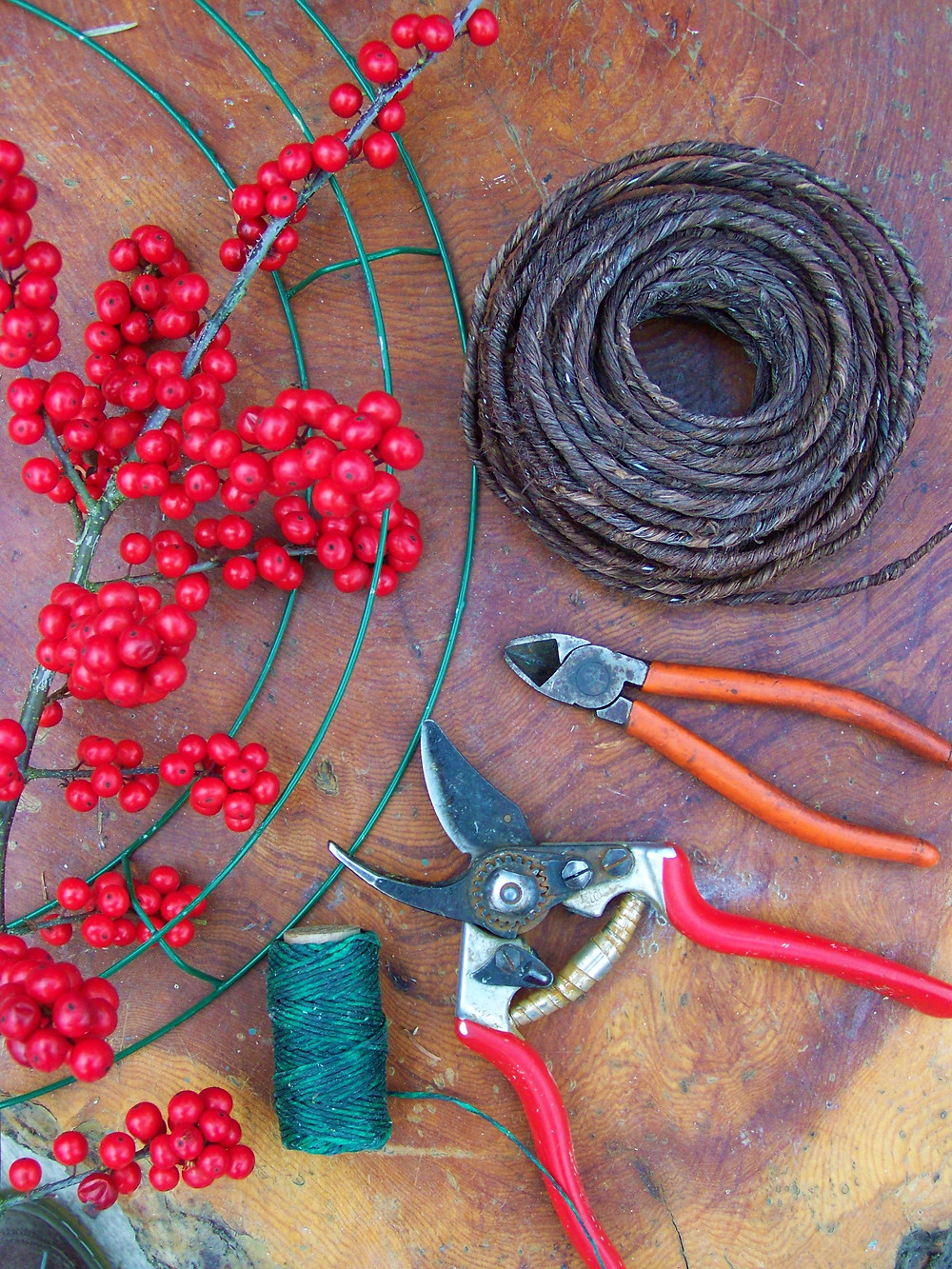 Winterberry wreath supplies
