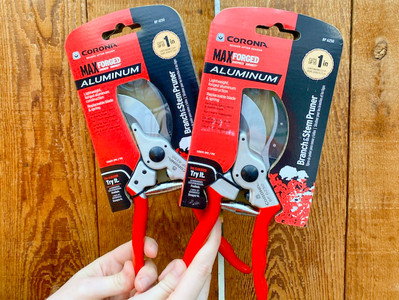 5 Christmas Gifts for Gardeners
