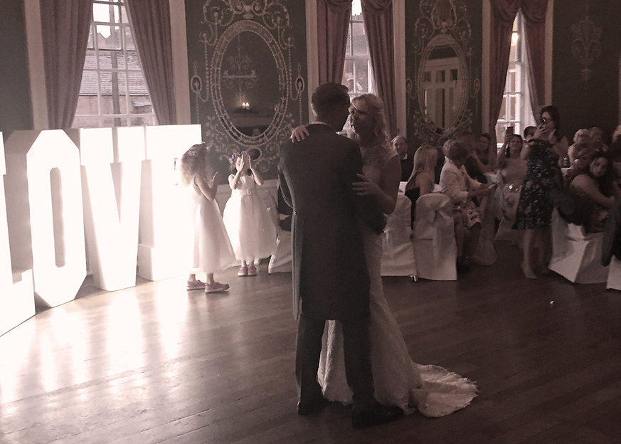 wedding-dj-mr-wolf-staffordshire-cheshire-shroshire
