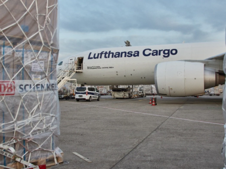 DB Schenker and Lufthansa Cargo launch regular CO2-neutral freight connection from Europe to China