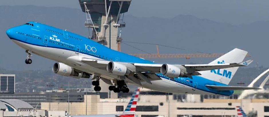 Why Do Airliners Rarely Use Full Thrust On Takeoff?