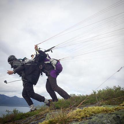 Tandemtur i paraglider? EiD offer flying trips in a paraglider