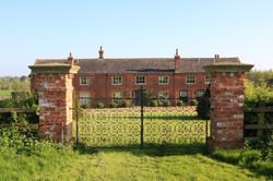 Sulgrave Farm from the avenue