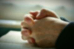 Handsinprayer blur.jpg
