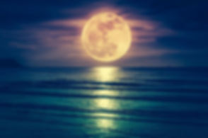 Supermoon_over_water_kdshutterman_Getty_