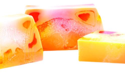 Loofa Yoghurt Soap