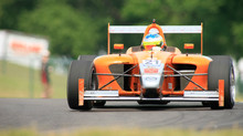Simpson Dominates Race at Mid-Ohio