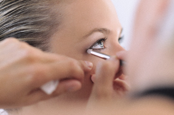 4 steps to the perfect smokey eye