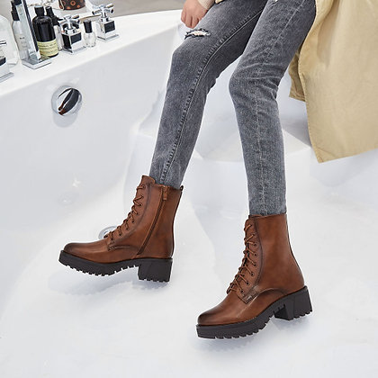 Boots à lacets Camel ou noire