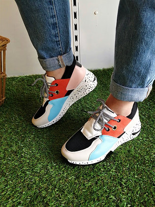 Sneakers tricolor