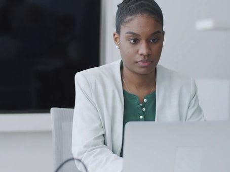 Meet Mya - Workplace Mediation