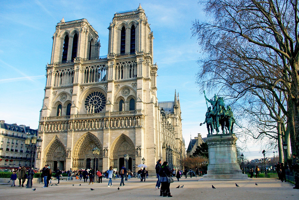 Perform in and around Notre Dame Cathedral