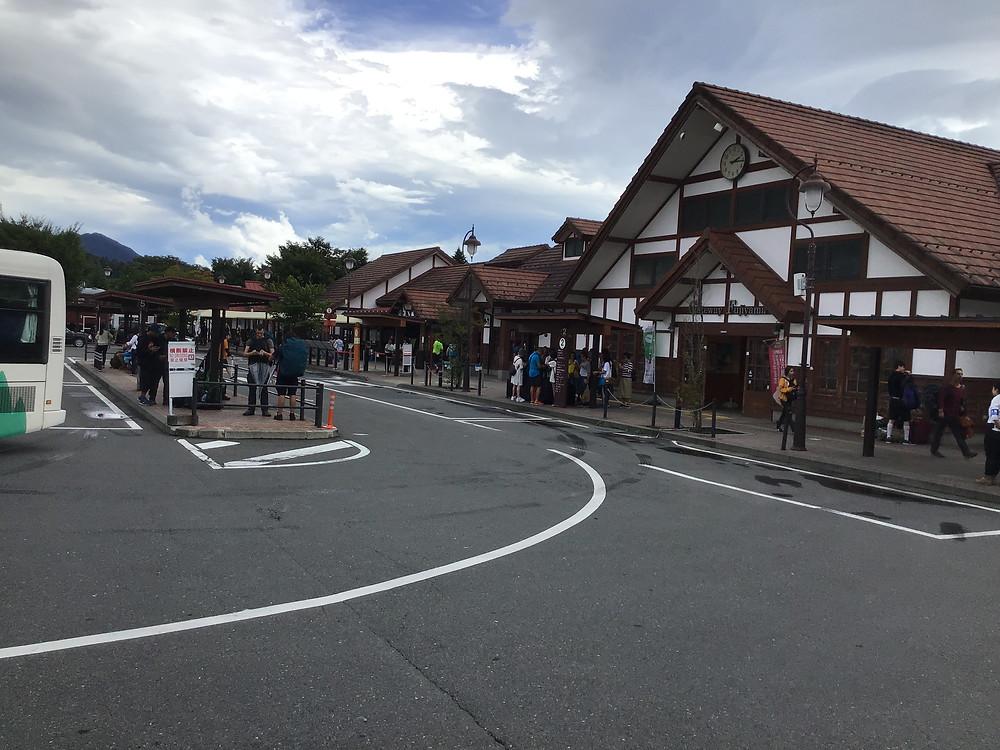 河口湖駅(Kawagchiko Sta.)