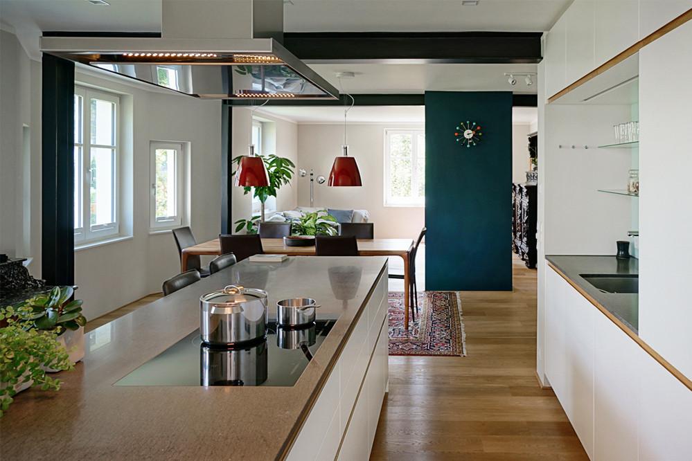 Innen_Küche_Essplatz1.jpg