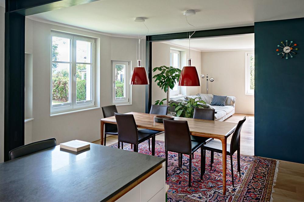 Innen_Küche_Essplatz2.jpg