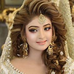 Surbhi Mehta bridal Makeup Artist in Del