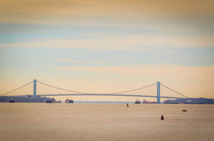 Veneziano bridge