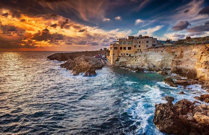Ghar Lapsi situé à Siggiewi sur la côte sud de Malte