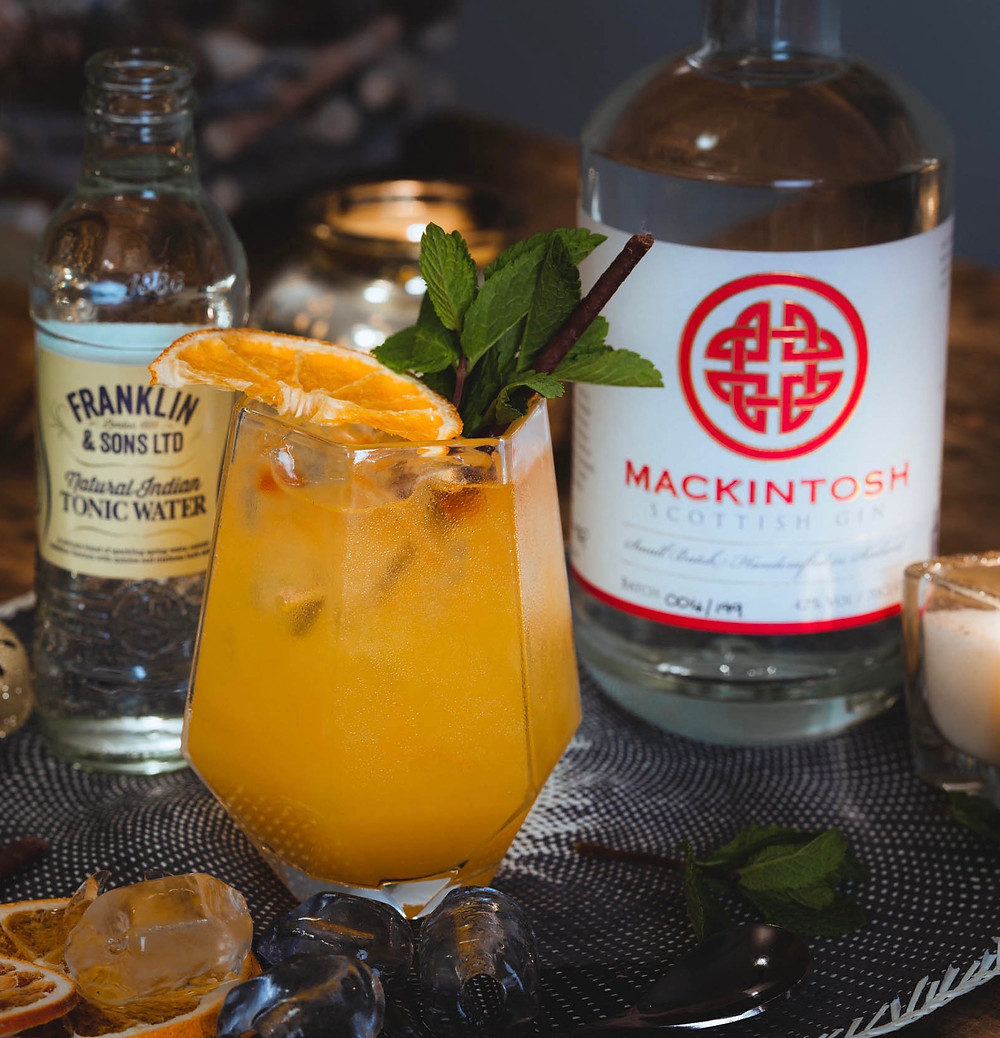 Mackintosh Gin cocktail with clementine made by Franklin & Sons Tonic Water