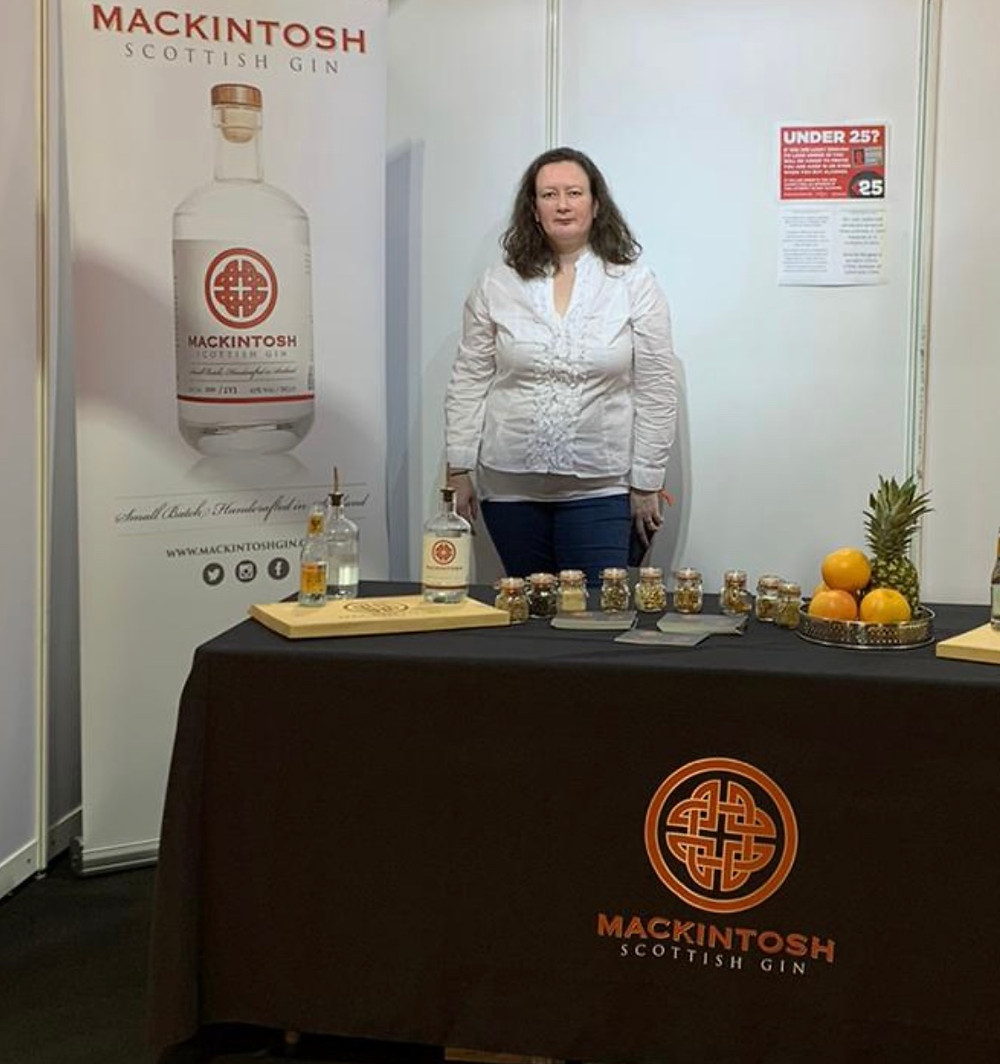 Deborah from Mackintosh Gin at The Gin To My Tonic Show in Glasgow