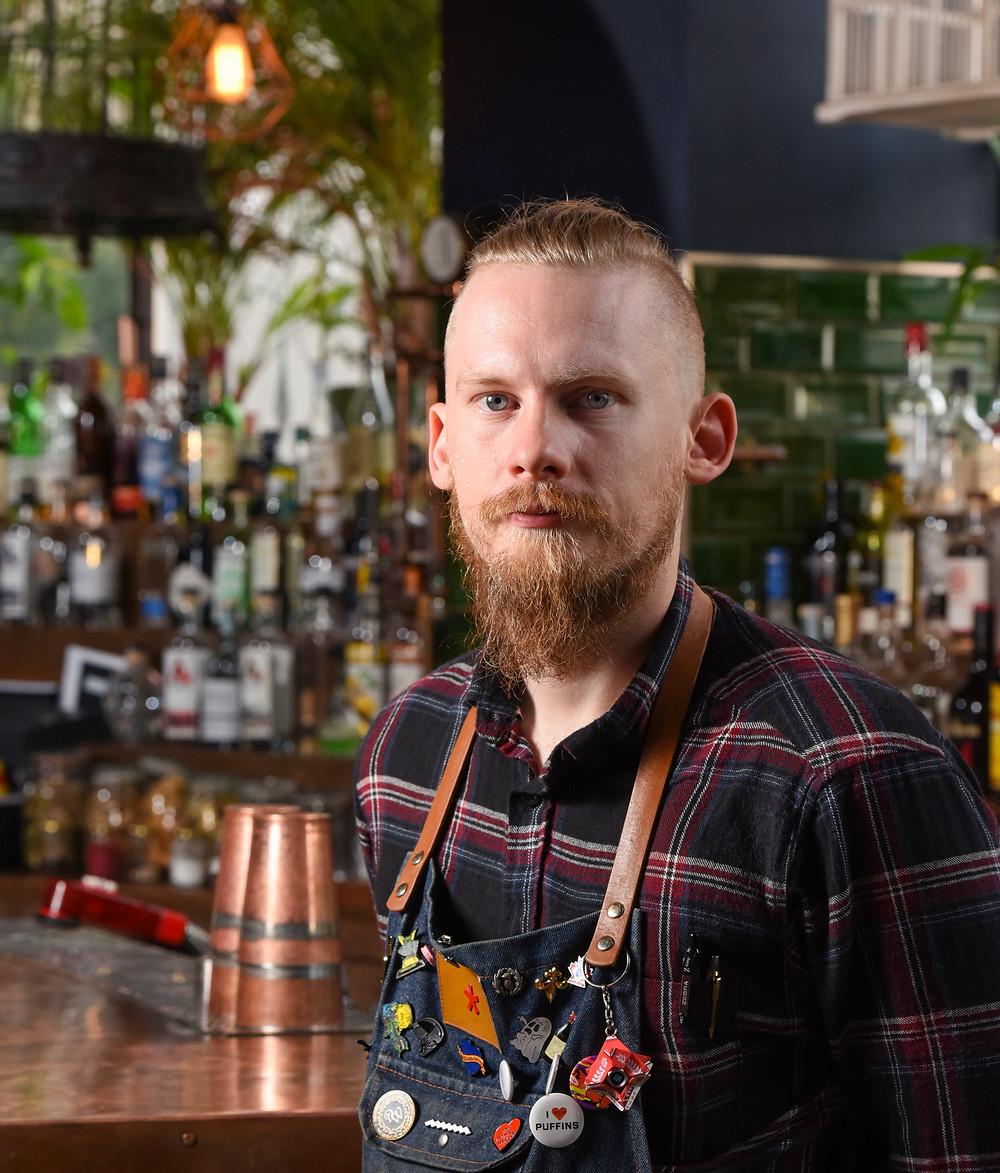 Mackintosh Gin Brand Ambassadoe