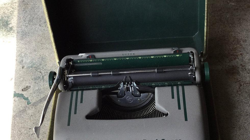 1949 Smith Corona