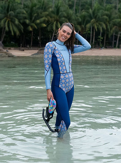 womens_diving_wetsuit_colorful_beautiful_Female_diver_3mm_full_long_mandala_design
