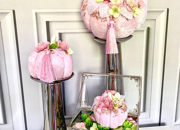 Tassle Pink Posh Pumpkins (Set of 3)