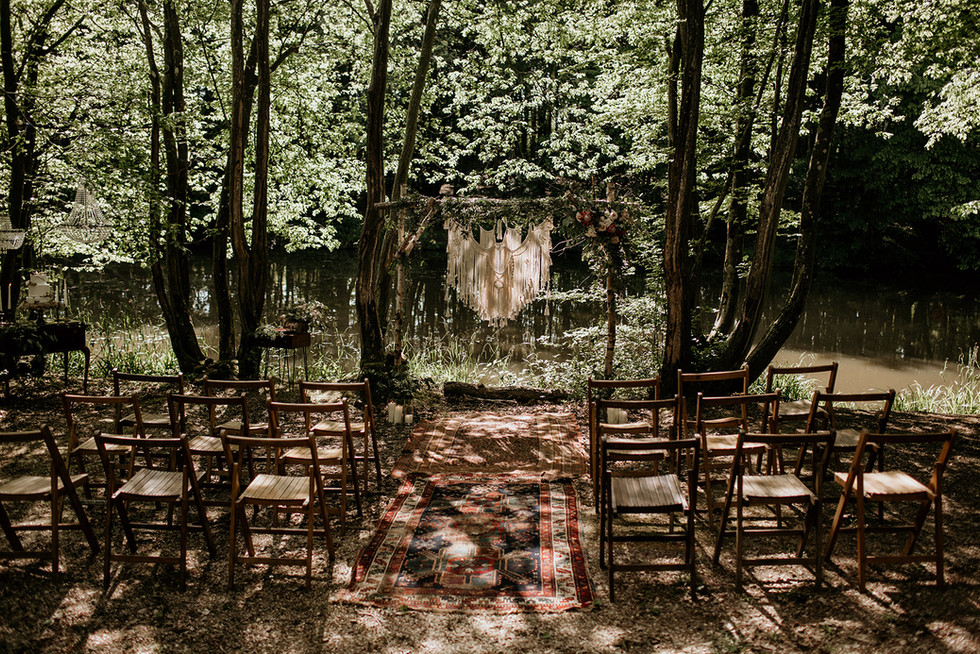 We love this set up! Its organic and rustic charm lends itself well to the natural surrounds.  The seating for this set up can be used from the tipi. (A tip for those working to a budget).