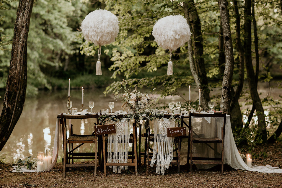 An example of an eco-friendly top table, ideal for a woodland tipi wedding here at Wickerwood Farm.