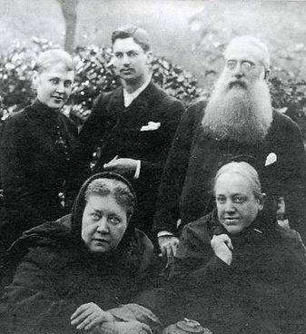 Blavatsky.jpg
