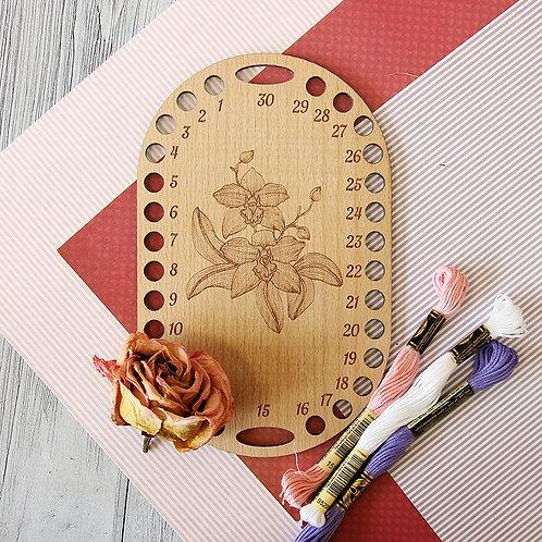 Органайзер для ниток Овал с цветком, бук