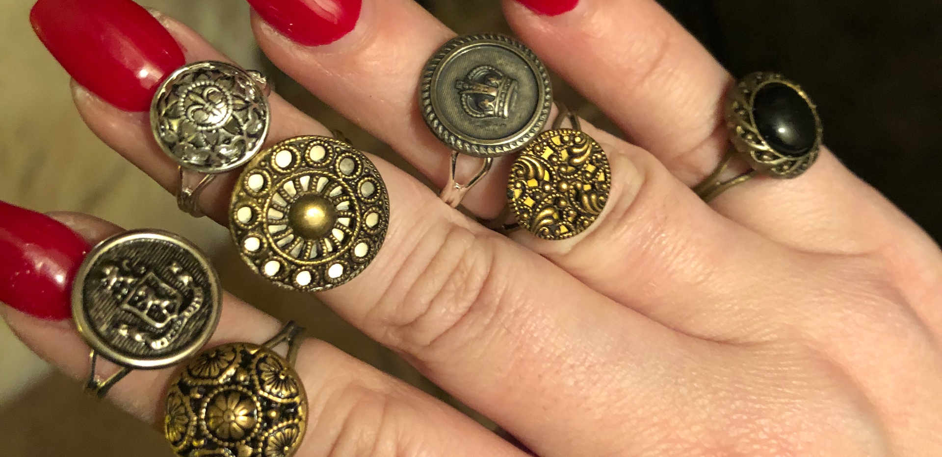 Red Nails Button Rings