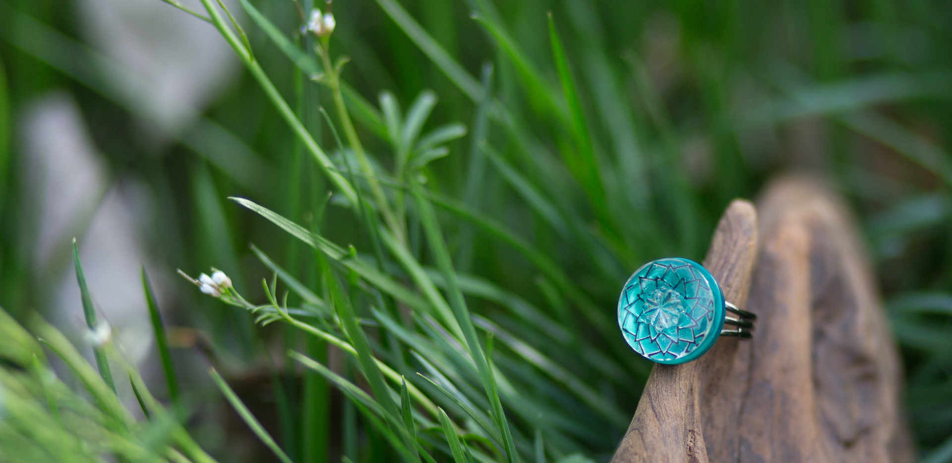 Button Ring in the grass