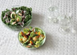 リューズガラスのある食卓