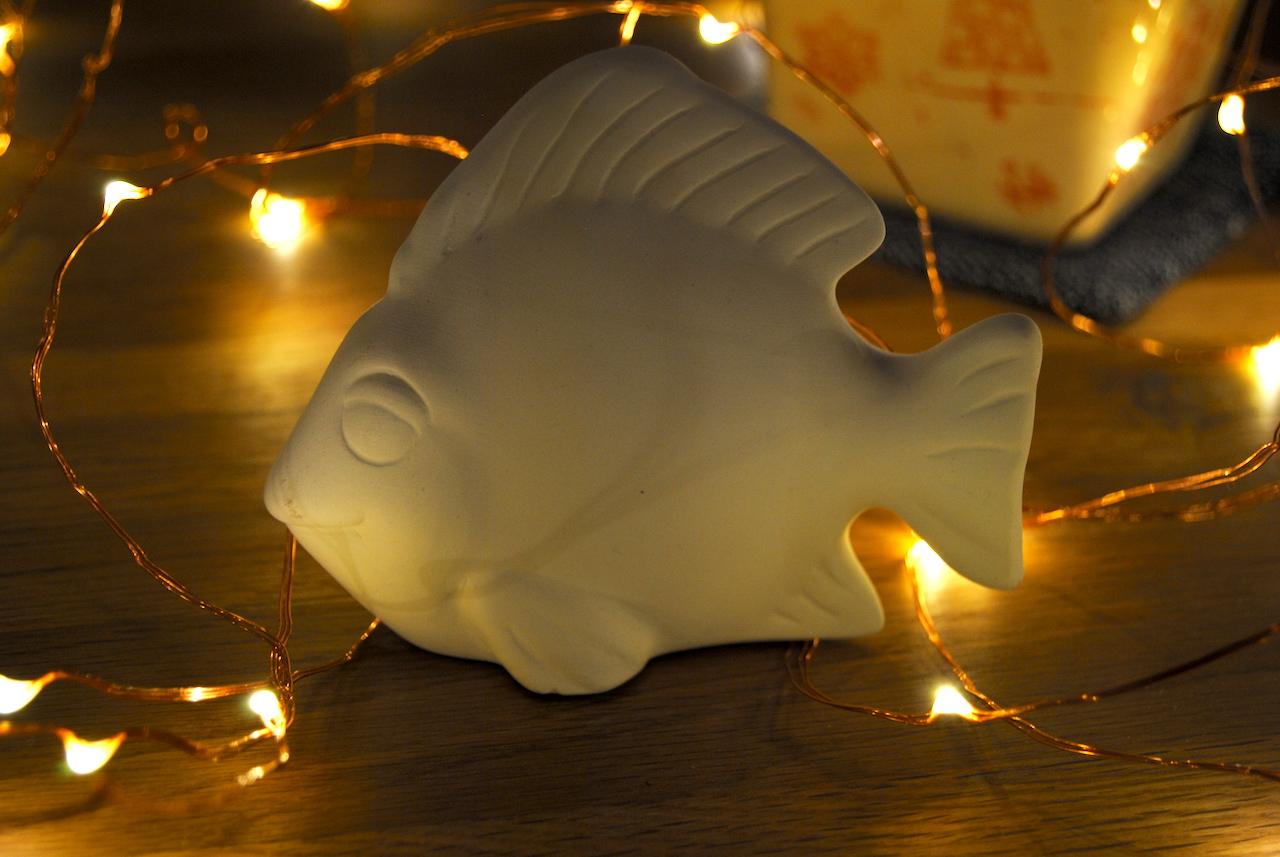 21. Dezember: Keramikfisch