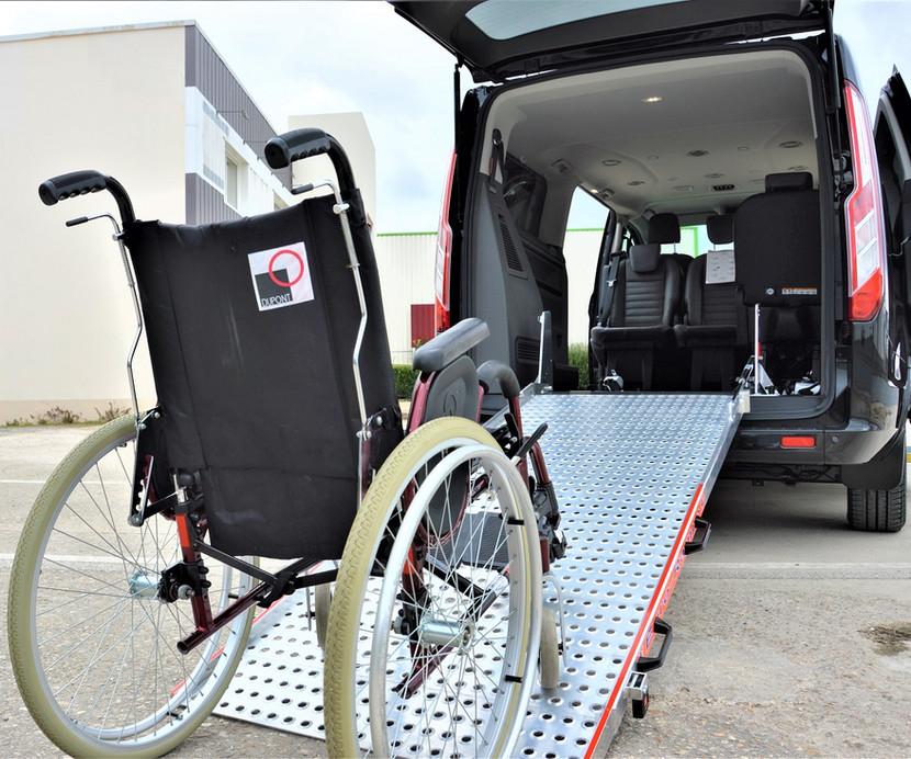 Transport de personnes en fauteuil roulant