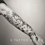 Flower tattoo by Leo #dallastattooartist